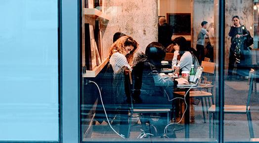 Ekonomeilta uusi avaus kansainvälisten osaajien integroimiseksi suomalaiseen työelämään