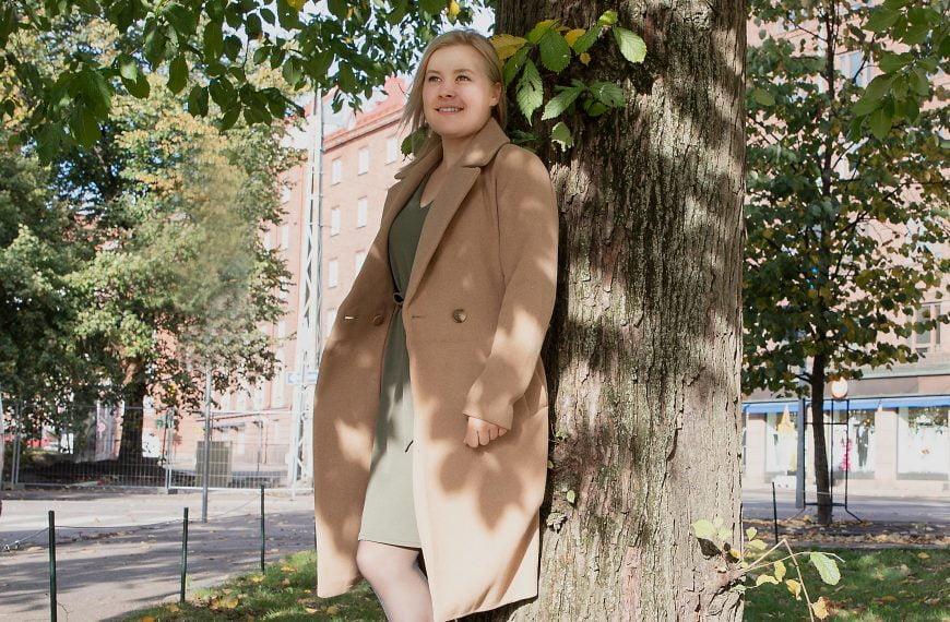 """Janina Airikainen, 23, studerande på Hanken: """"Karriärcoachingen gav mig självförtroende inför arbetssökningen"""""""